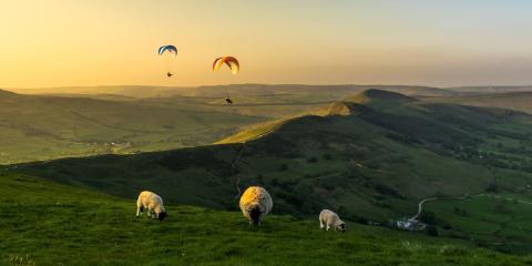 Intrepid Family Retreat - The hills above Castleton