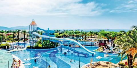 Endless water fun at TUI BLUE Tropical
