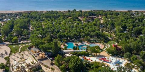 Aerial view of Yelloh! Village Le Serignan Plage campsite