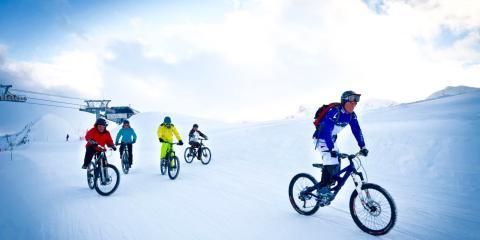 Mountain-biking/fat-biking in Les Sybelles .