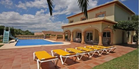 Casa Delfino with private pool.