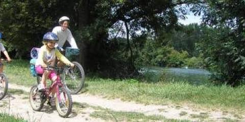 Family cycling in the Poitou-Charentes