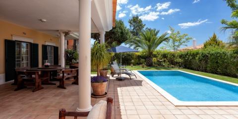 A private pool at Martinhal Quinta.