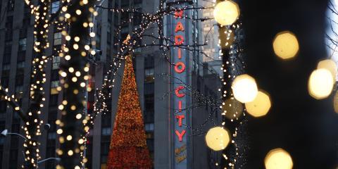 Radio City Music Hall at Christmas, ©