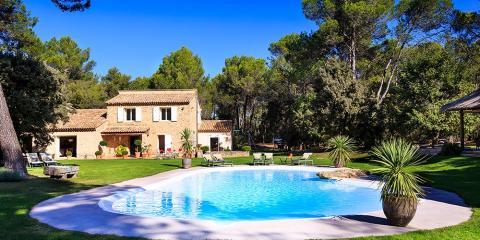 La Bastide du Paon Bleu and its stunning grounds.