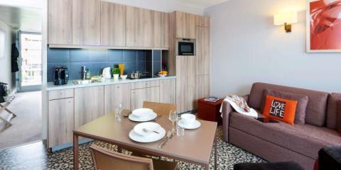 Stylish and practical comfort of the Aparthotel Adagio Basel City.