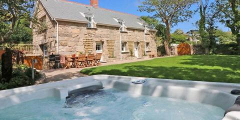 Choose from a huge range of holiday cottages at great prices.