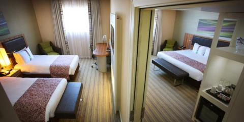 Adjoining room at Holiday Inn Reading M4 Jct10.