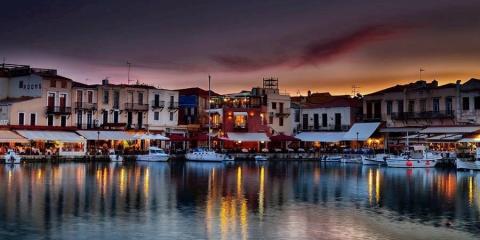 Cretan harbour @ Visit Greece.